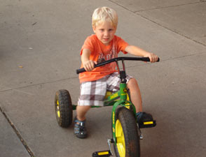 Kid's Bike - John Deere Trike